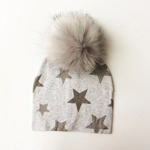 Other - Brand new Baby/Toddler toque hat with pompom
